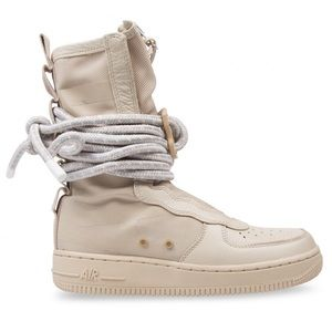Nike Air Force one boots